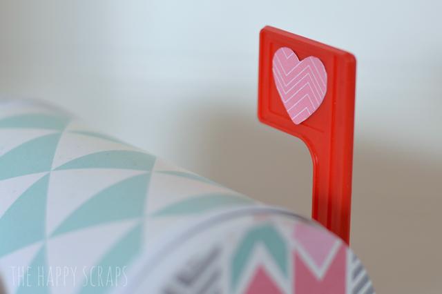 mailbox-flag-heart