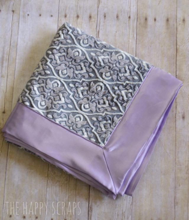satin-minky-self-binding-blanket
