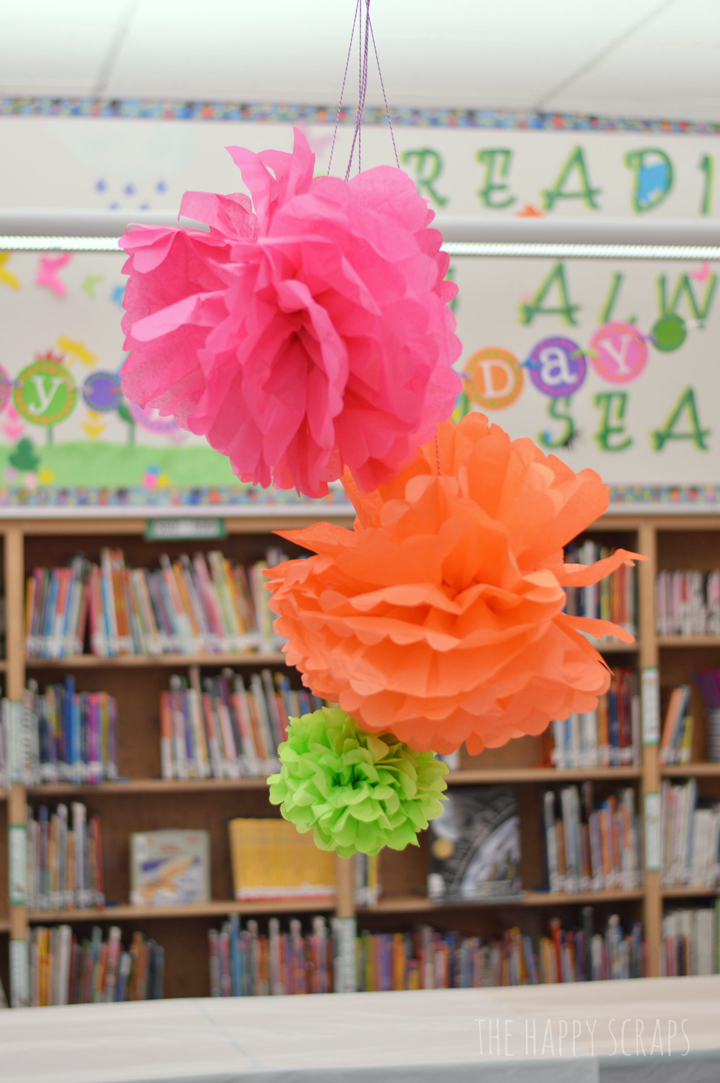 tissue-paper-pom-pom-party-decor