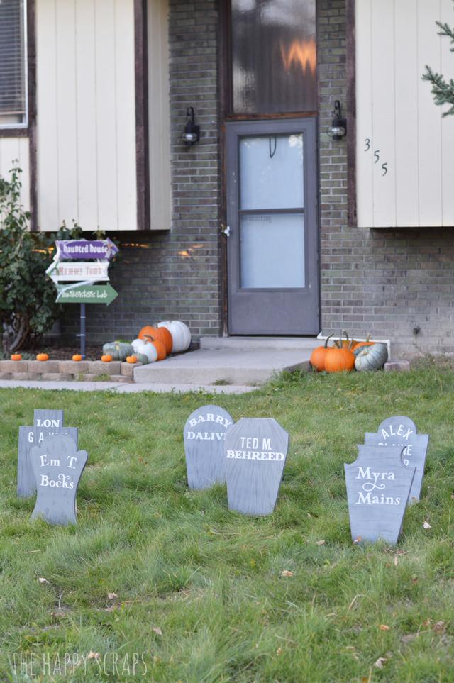 halloween-front-yard