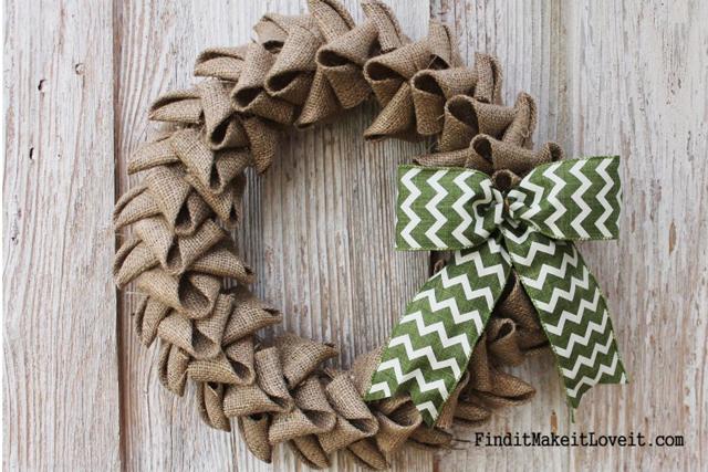 Petal-Burlap-Wreath-DIY-4-7