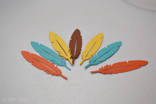 cricut-feathers