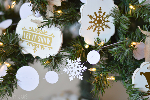 snowball-snowflake-garland
