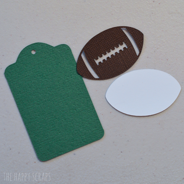 football-tag-pieces