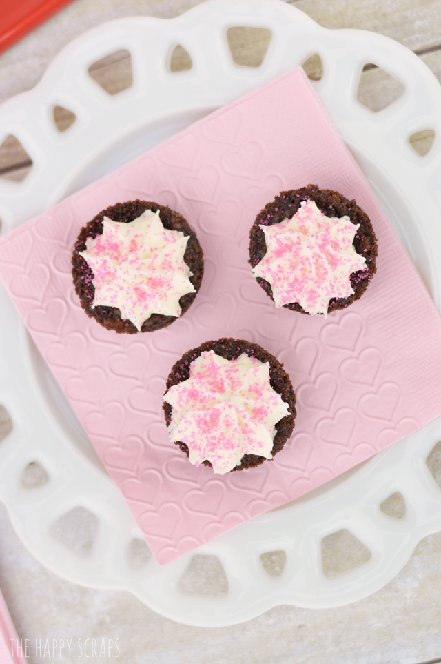 pink-sprinkles-brownie-bite