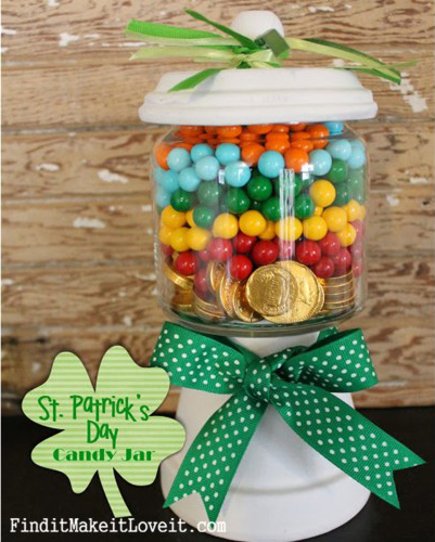 St.-Patricks-Day-Candy-Jar