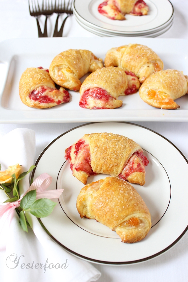 Brunch-Crescents-by-Yesterfood-3
