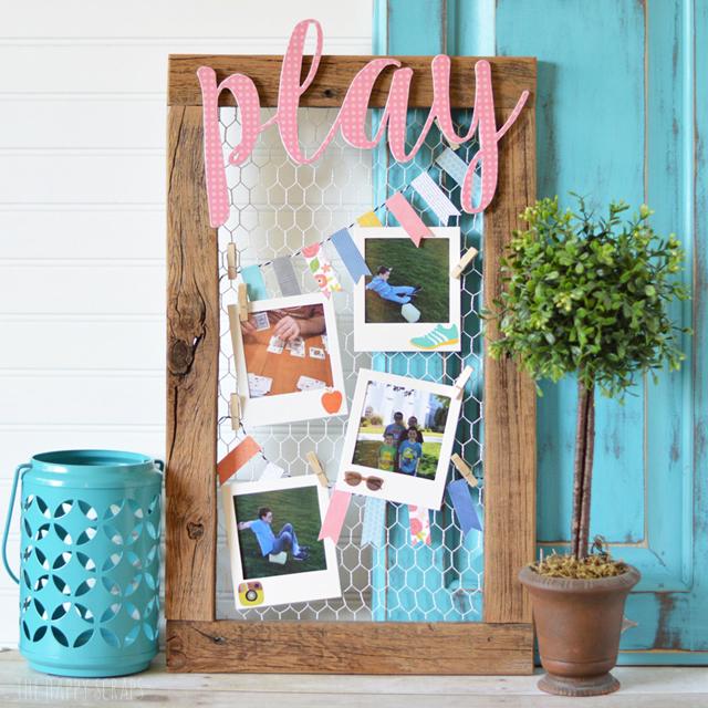 play-photo-display