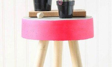 DIY-Concrete-Stool-and-Plant-Stand