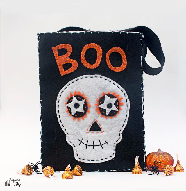 DIY-Halloween-Treat-Bag-with-Felt