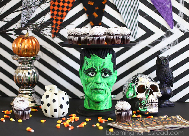 Halloween-Cake-Platter-by-Blooming-Homestead