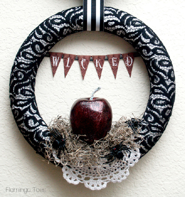 Halloween-Wicked-Wreath-750x797