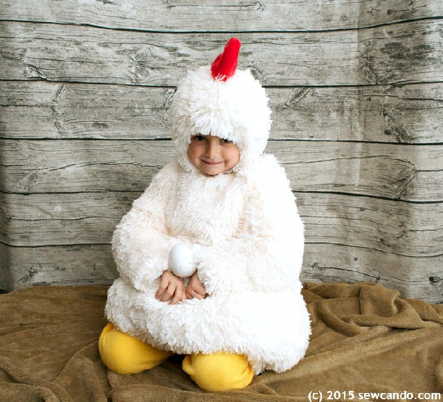 Sew-Can-Do-Chicken-Costume-Seated2_zpszhejpvvl