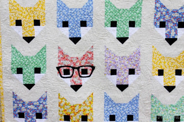 Cute-Fox-in-Glasses-Quilt