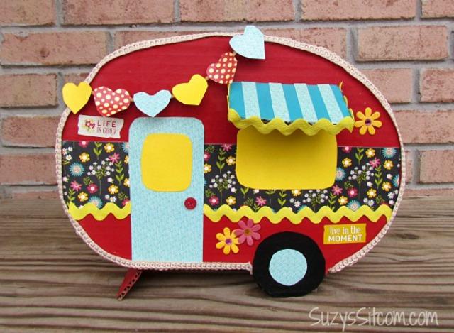 happy-camper-valentine-card-box