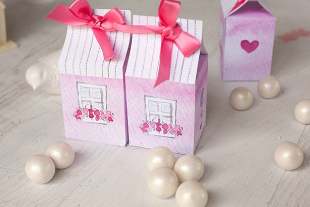 Valentine-treat-box-with-watercolor