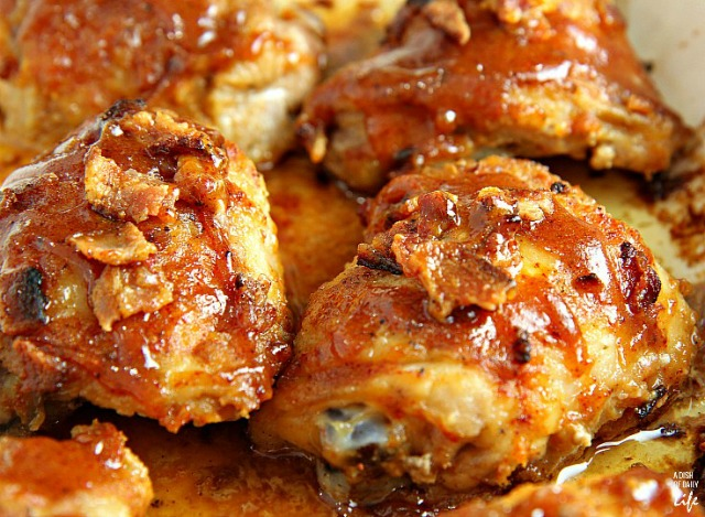http://www.thehappyscraps.com/wp-content/uploads/2016/04/Honey-Mustard-Chicken.jpg