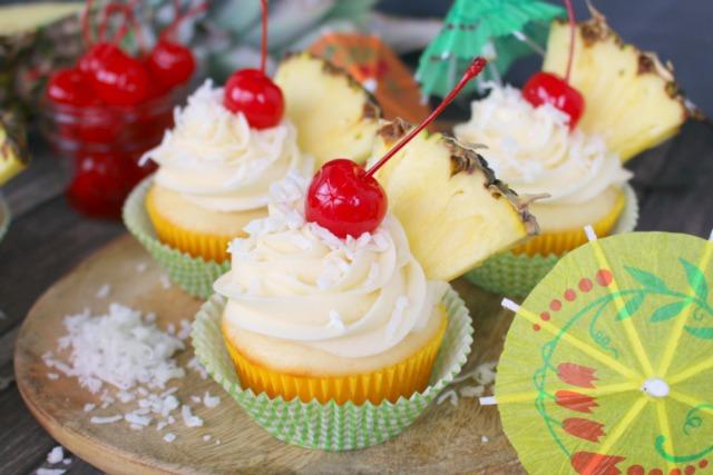 Pina-Colada-Cupcakes-DelightfulEMade-hz1-768x512