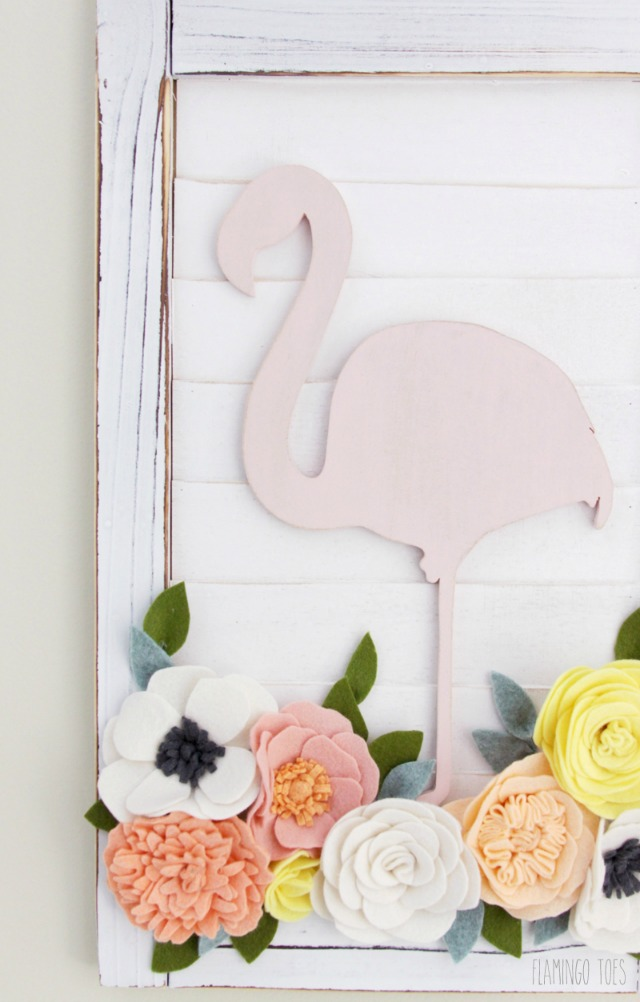 Flamingo-and-Flowers-Wall-Hanging