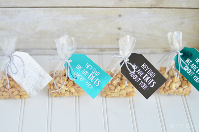 These Foiled Father's Day Gift Tags are the perfect quick gift for dad. I'm sharing colored tags too!