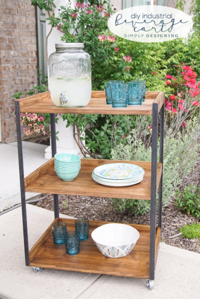 DIY-Industrial-Beverage-Cart-this-outdoor-beverage-cart-is-simple-to-make-and-perfectly-industrial-and-rustic