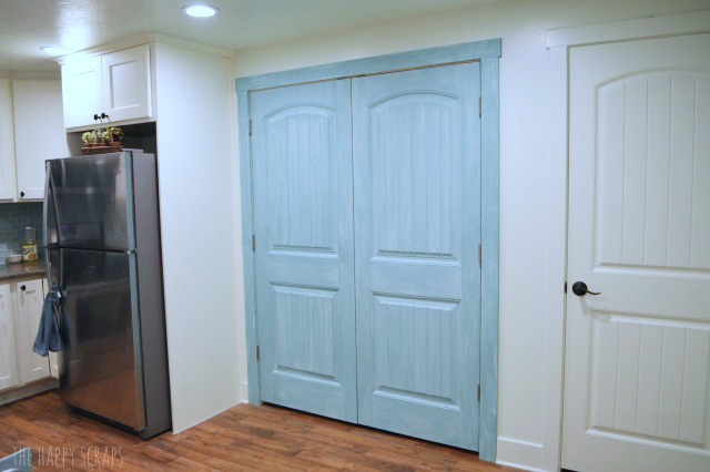 Use Milk Paint to make over Laundry Closet Doors. It's easy to use and comes in so many fun colors. It's easy to add a fun pop color.