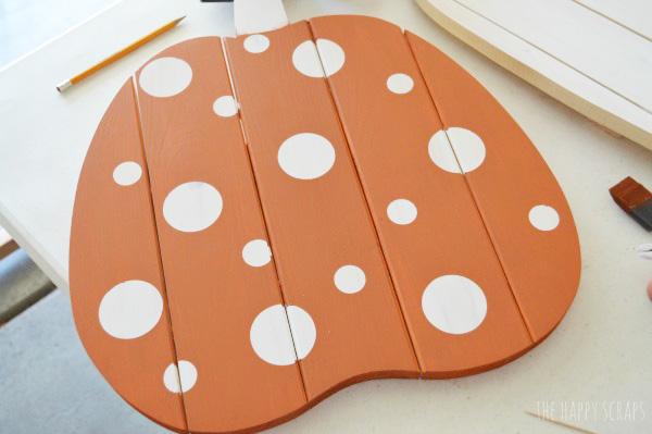 peel-vinyl-dots