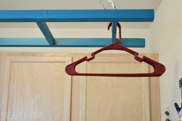 Get organized with getting laundry put away with the Laundry Room Ladder. It's easy to build and will my your laundry life easier!