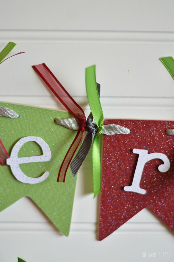 Get all the details for making this Merry Christmas Banner on The Happy Scraps. I'm sharing the full tutorial with you today.
