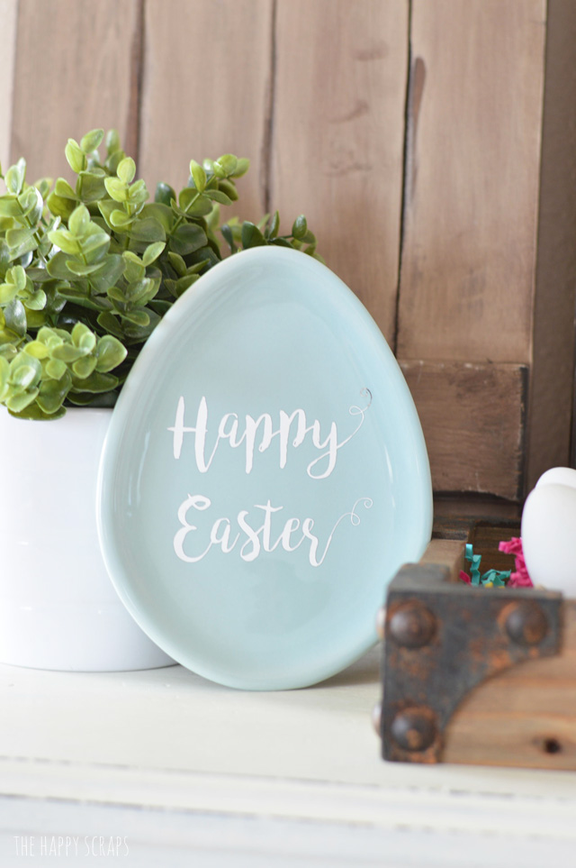 Creating these Egg Shaped Candy Dishes is easy using your Cricut Explore Air 2. I've got all the details + the cut file for you on the blog.