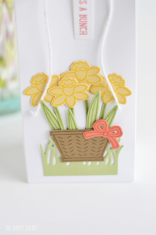 This basket of flowers - Thank You Gift is the perfect gift to give to anyone who helps you out or does something nice for you. Aren't those flowers fun?!