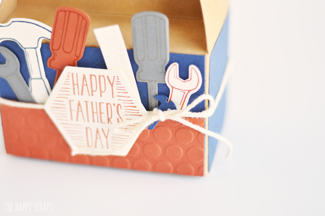 This Father's Day Tool Box Gift Card Holder is the perfect way to gift dad a fun gift card. He will love getting this little tool box for Father's Day!