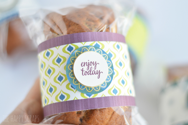 How to Wrap Bread to Give as a Gift. This is a great gift idea to let someone know you are thinking about them. They come together quick + easy too!