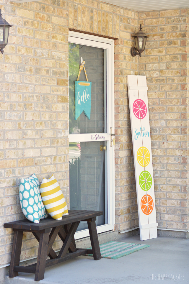 Does your porch needs a little splash of color for summer? This Hello Summer Front Porch Sign is the project for you! Get the tutorial at The Happy Scraps.