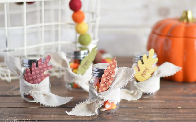 Quick & Easy Thanksgiving Place Cards