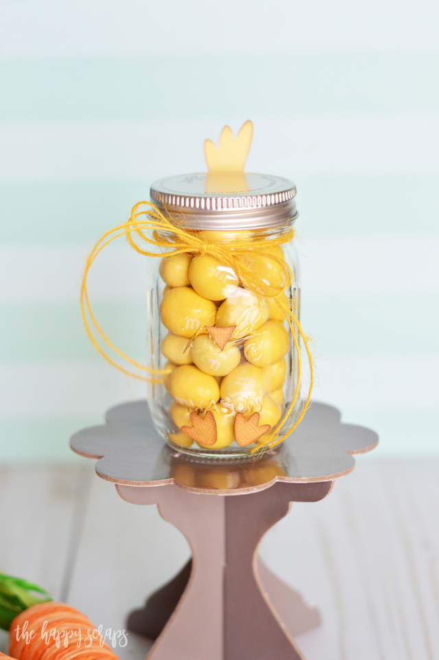This Mini Chick Jar Easter Gift is the perfect little gift to put together for anyone for Easter. They are sure to love it, and the jar is just the right size for the perfect amount of chocolate candies.