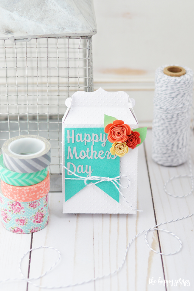 Small packages are sometimes the best packages! Mom will love receiving any gift wrapped up in this pretty Mother's Day Gift Box. Get the details for putting your own together on the blog.