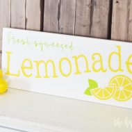 Fresh Squeezed Lemonade DIY Summer Sign