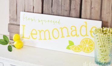 Fresh Squeezed Lemonade DIY Summer Sign