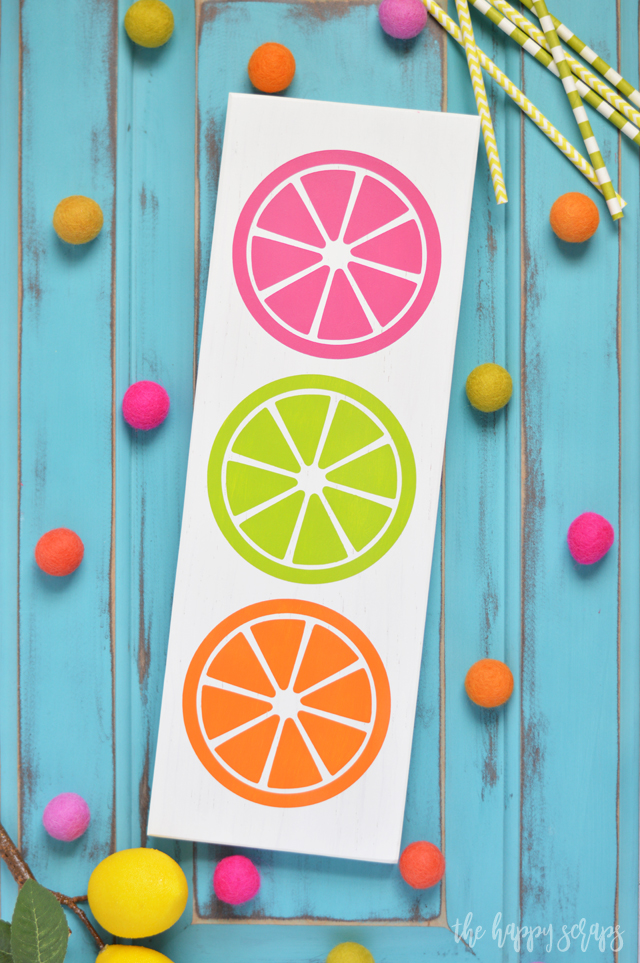 Are you ready for Summer?! While the calendar might not say it is summer yet, it sure feels like it in my home with this Colorful Citrus Summer Decor!