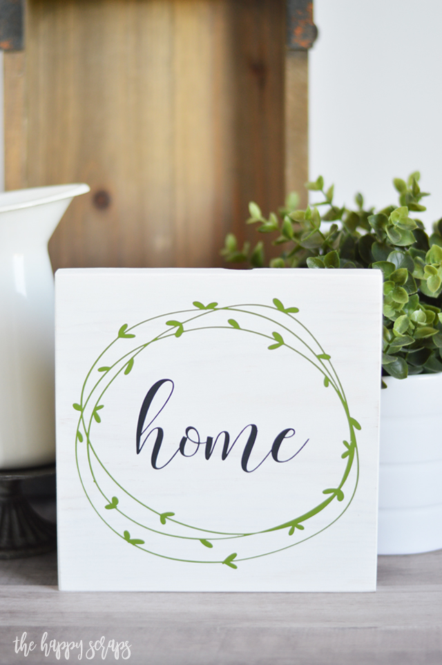 This Simple Painted Farmhouse Sign is the perfect addition to any shelf or gallery wall in your home. Get the tutorial on the blog.