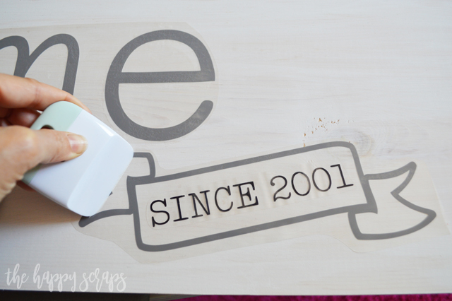 Create this fun Master Bedroom Sign with Cricut EasyPress 2 to hang in your bedroom. It's the perfect afternoon project! Tutorial is on the blog.