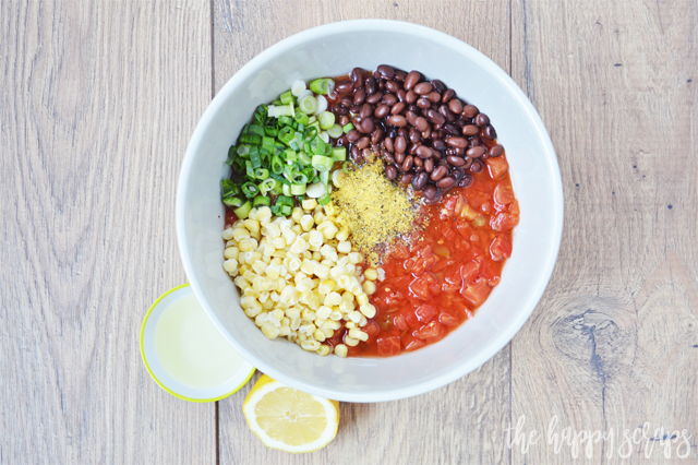 With this 5-Minute Easy Salsa recipe you're mouth won't be watering for long before you get to taste it! Perfect for New Year's or your next party.