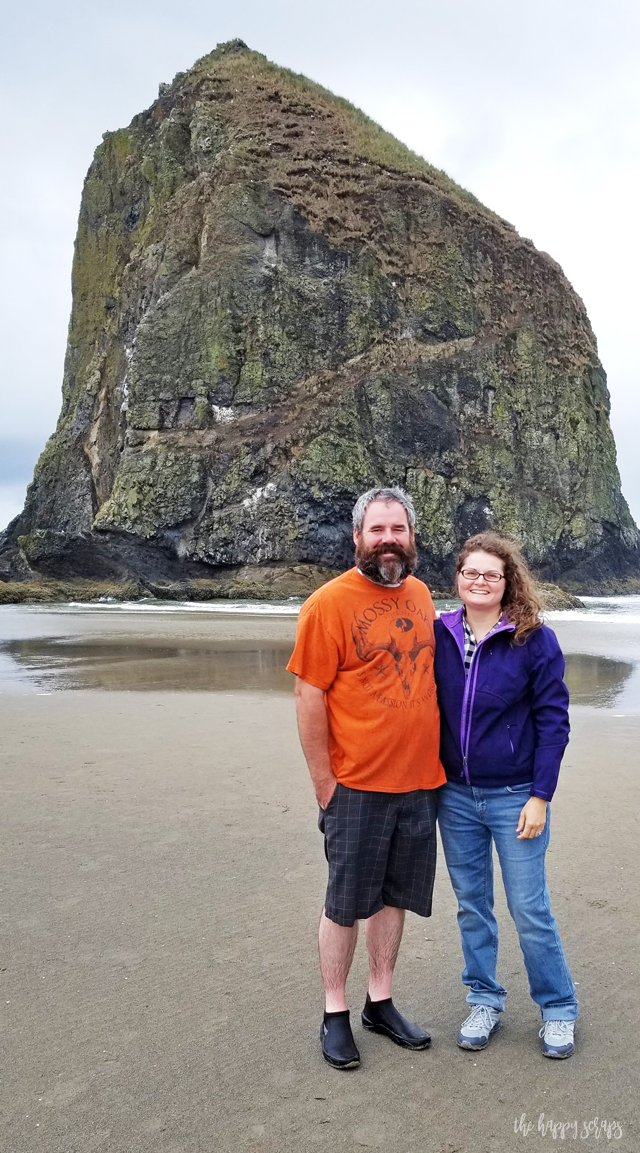 If you've never been to the Oregon Coast, you should go! Then you can come home and make your own Oregon Coast DIY Sweatshirt!