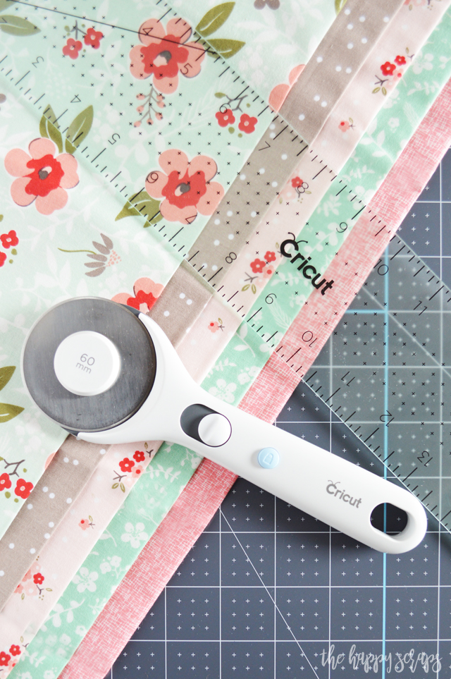 These Cricut Crafting Hand Tools are some of my favorites! The Cutting Ruler + TrueControl Knife and Rotary Cutter + Acrylic Ruler both go with the Self-Healing Cutting Mat so well! I find myself reaching for these all the time!