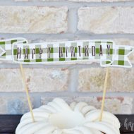 DIY Birthday Cake Topper