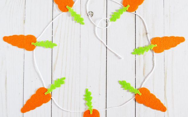 DIY Felt Carrot Bunting