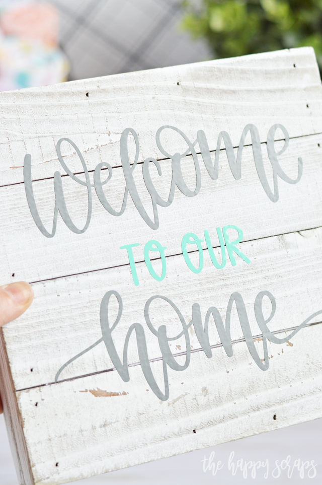 This Welcome to our Home Farmhouse Sign is a super quick and fun project to add to your home. Use it in a gallery wall, on a shelf, or on a wreath.