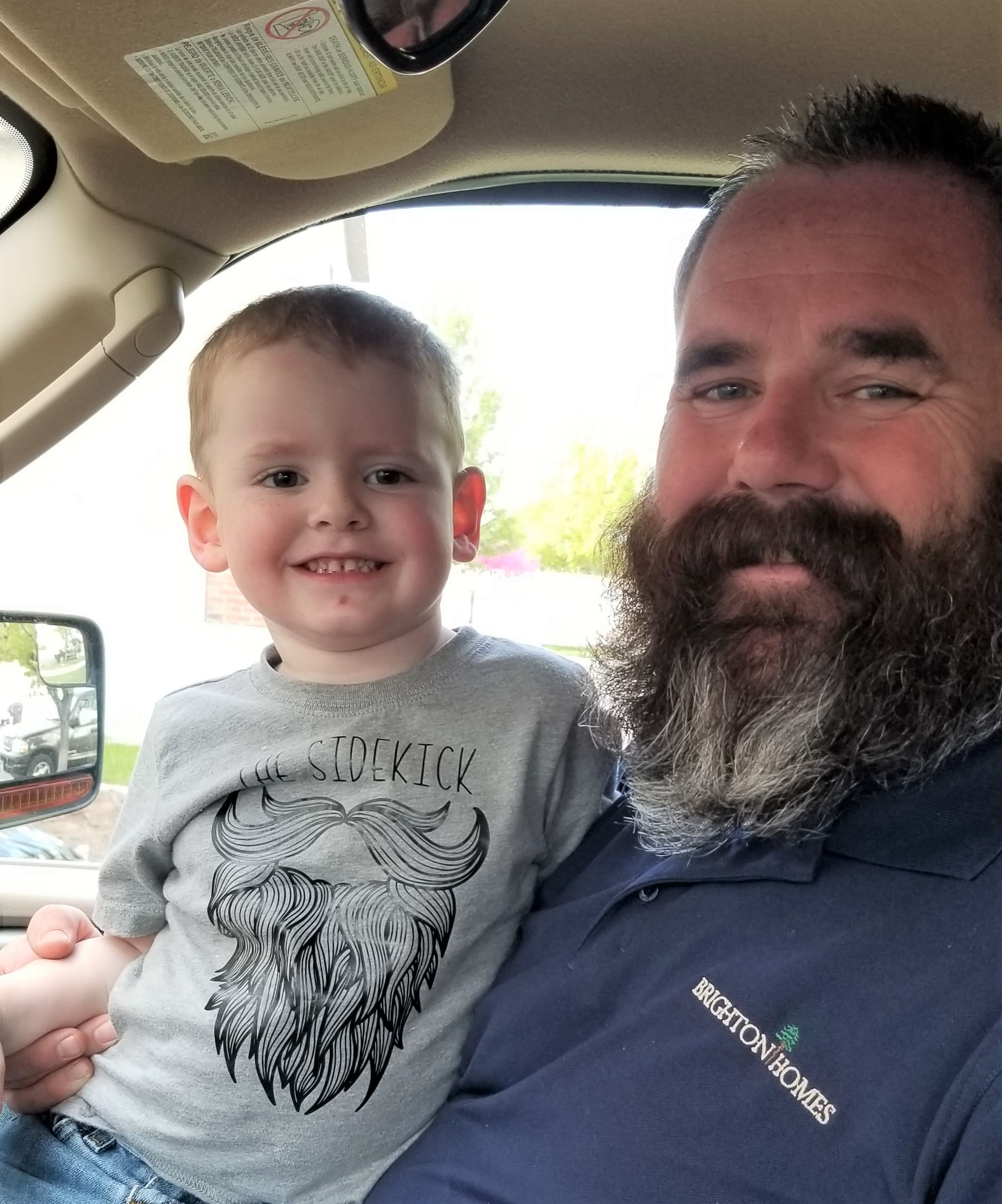 This The Sidekick, Toddler Beard T-Shirt is perfect for all those little ones that have a dad with a beard. Details for creating your own are on the blog.