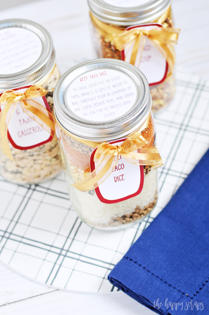 These Meal in a Jar Printable Labels pair perfectly with these Meals in a Jar from Make Ahead Meal Mom. These make a great gift!